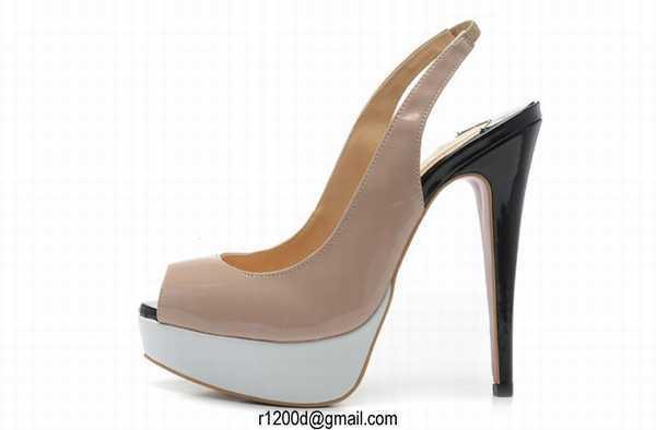 chaussure christian louboutin mariage talon haut bleu chaussure de mariee avec petit talon. Black Bedroom Furniture Sets. Home Design Ideas