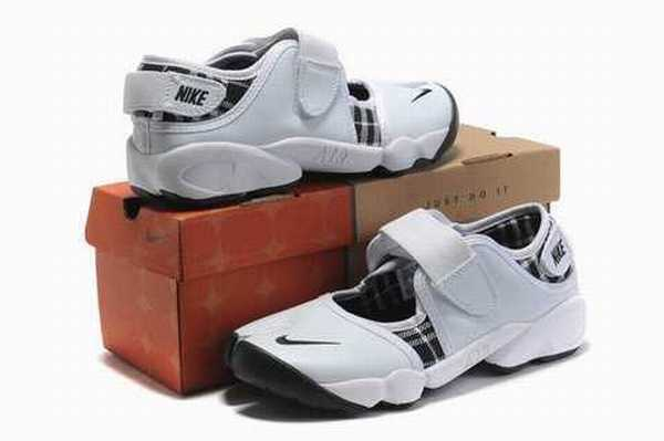 3f1656b903a9 Chaussure Nike Rift Whhrb6qxf0 Ninja Air Locker Foot Amazon Femme rPwUTr
